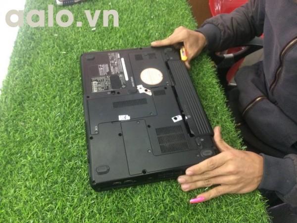 Dịch vụ thay Pin laptop - chỉ 300.000 đ